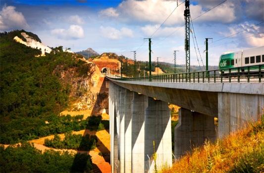 Viaducto_01_© Mikel Goñi